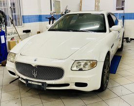 Maserati Quattroporte 2004