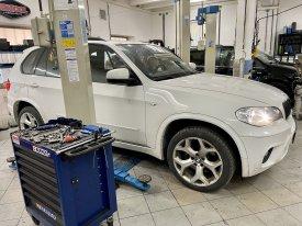 BMW X5,4.0,280kw,2011,ZF8hp